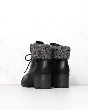 Lace Up Fold-Over Sweater Cuff Boots - more colors