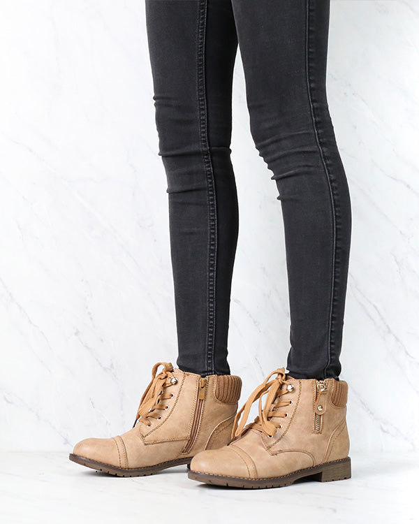 Low Cut Cutie Sweater Boots in Brown