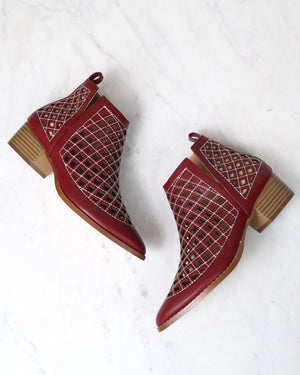 cape robbin - vegan leather cutout booties - WINE