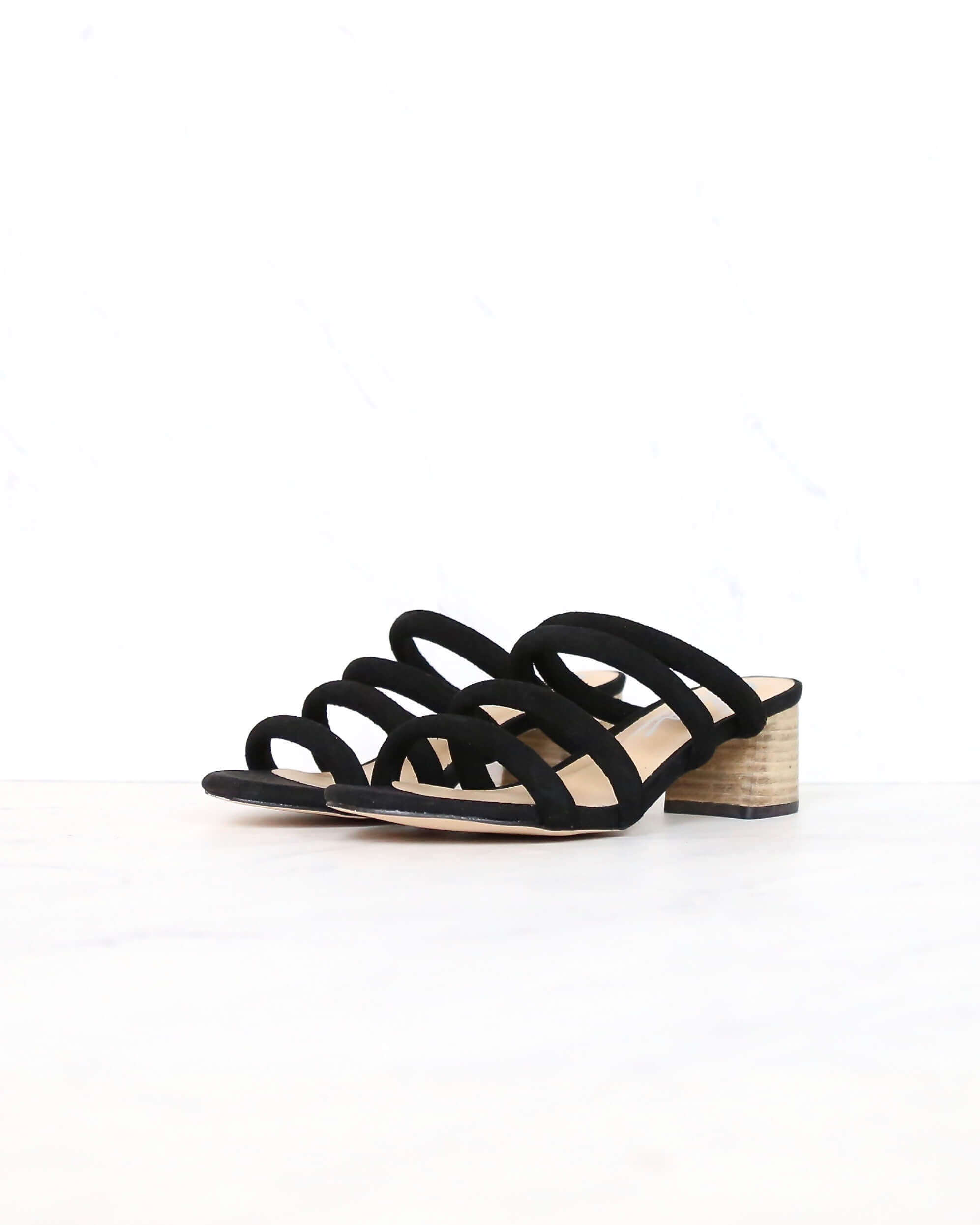Alysheba Heel Black Sandal Strappy Low Sbicca In UVzpSM