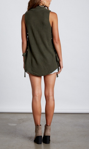 lively sweater - olive
