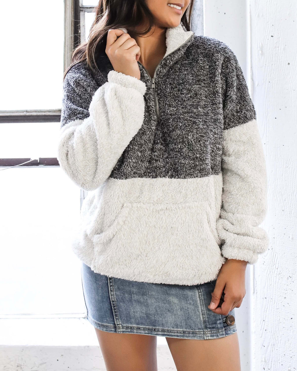 Two Tone Sherpa Half-Zip Pullover - Charcoal/Grey
