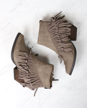 sbicca - byanca womens boots - taupe