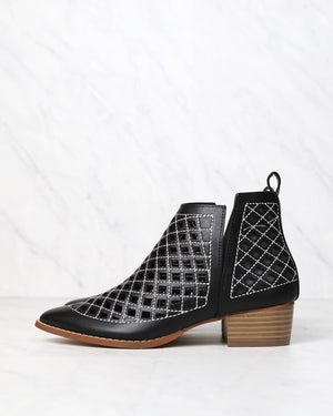 cape robbin - vegan leather cutout booties - BLACK