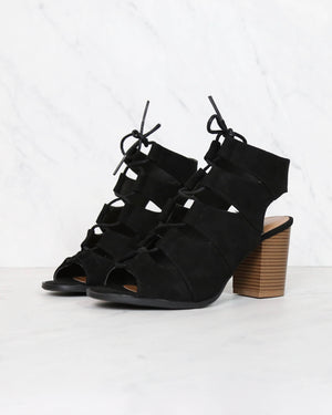 peekaboo cut out heels - black