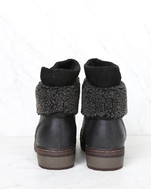 Coolway - Bring/Betta Leather Knit Sweater Cuff Ankle Boots in More Colors