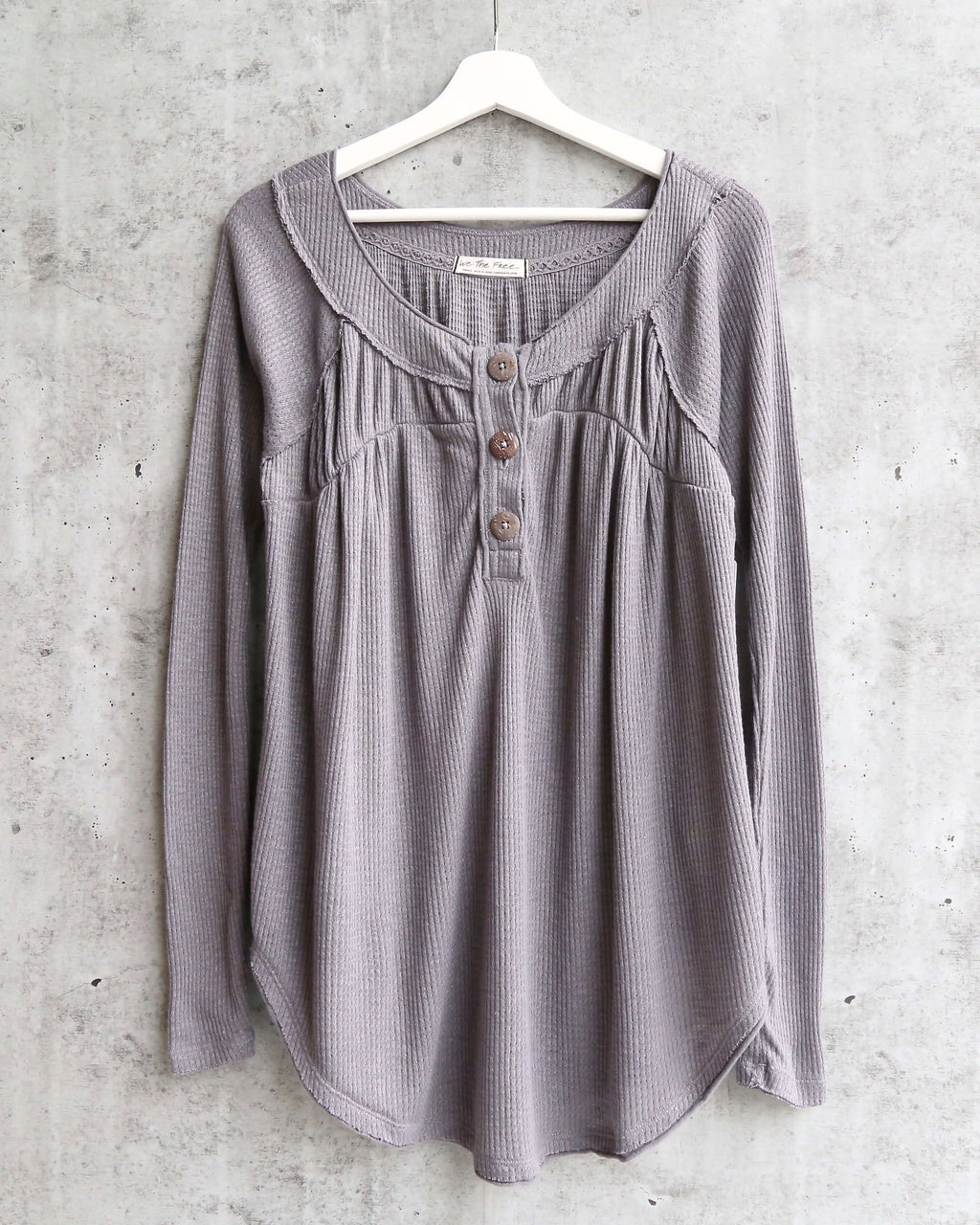 Free People - Must Have Waffle-Knit Henley Tee - Storm Grey