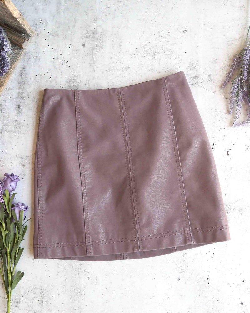 Free People - Modern Femme Novelty Mini Vegan Suede Skirt in Mauve