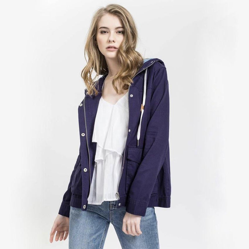Lightweight Woven Jacket in Navy/Light Denim