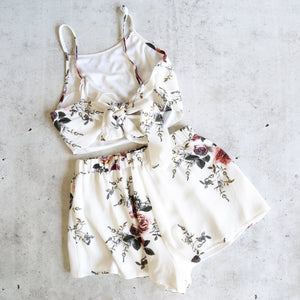 reverse - love beast set - white floral
