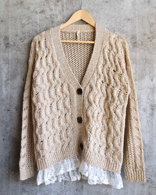 oversize cable-knit cardigan with lace trim - tan