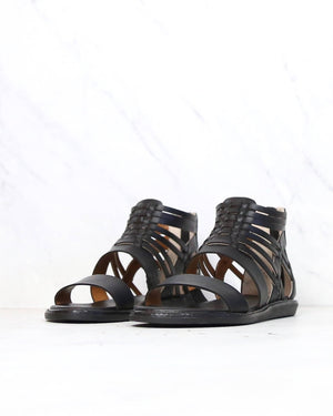 BC Footwear - Half Pint Sandals in Black