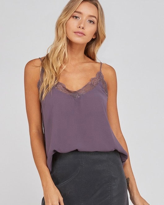 Like It Like That Lace Trimmed Lined Crepe Camisole Tank in Midnight