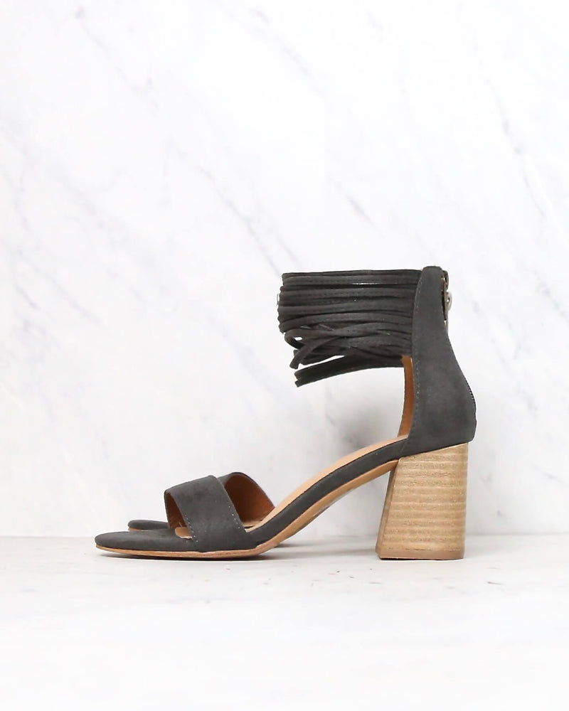 Mi.iM - Lenna - thick ankle strap block heel - more colors