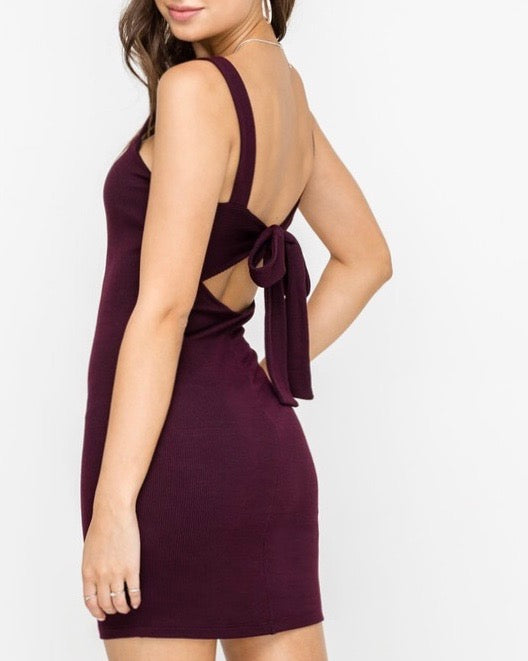 LUSH clothing - sleeveless ribbed knit fitted mini dress - burgundy/black