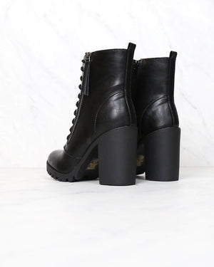 Faux Leather Lace Up Chunky Ankle Boot in Black