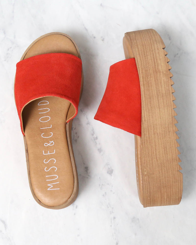 Musse & Cloud - Kendria Platform Slip On Sandals in Suede Leather Red