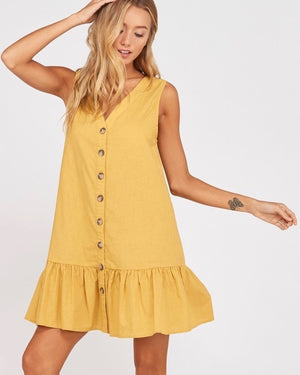 sleeveless buttoned ruffle hem shift dress - mustard