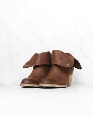 sbicca - nicola fold-over boots - brown