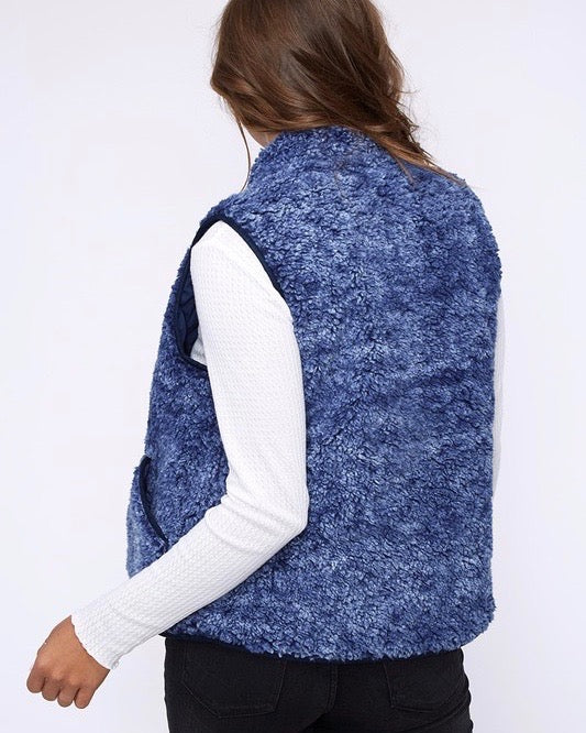 Reversible Sherpa Fleece Lined Quilted Puffer Vest - Navy