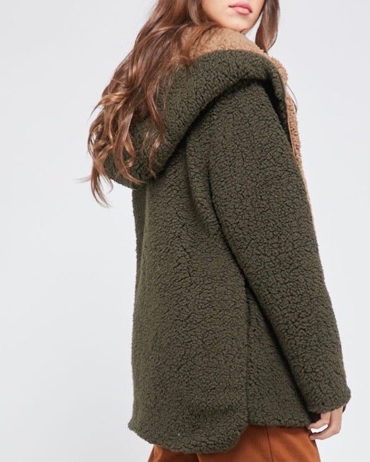 Final Sale - Reversible Open Front Sherpa Hoodie in Olive/Brown