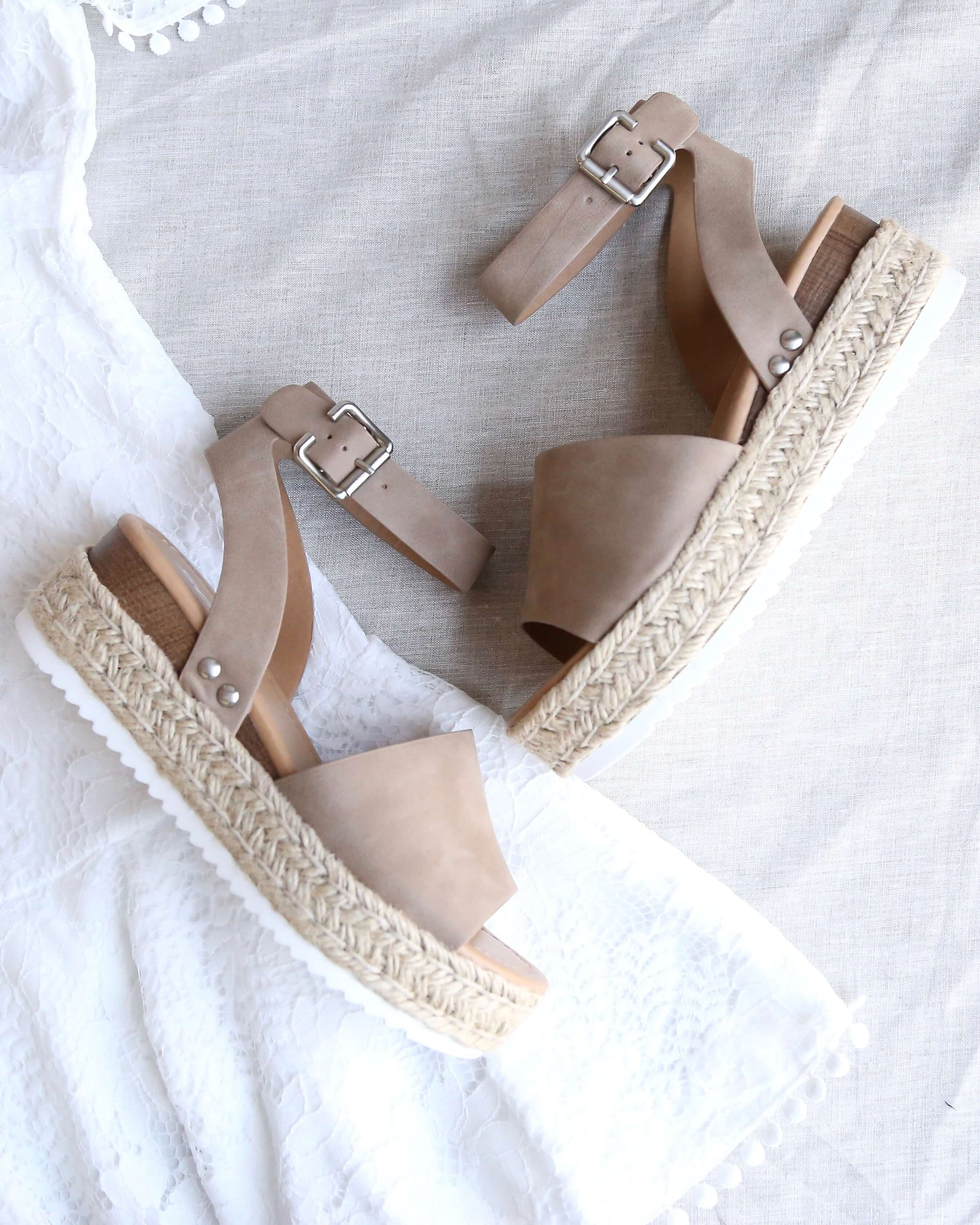 c851c0dbc90 Trendy Sporty Flatfrom Espadrille Sandal with Adjustable Ankle Strap i