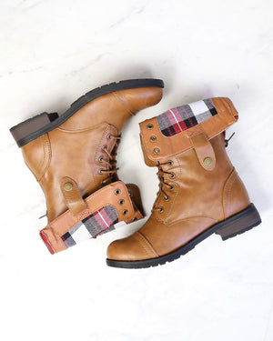 final sale - adjustable classic combat boot - camel