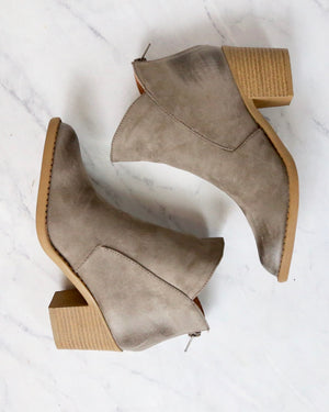 Almond Toe Chunky Wood Heel Western Bootie in More Colors