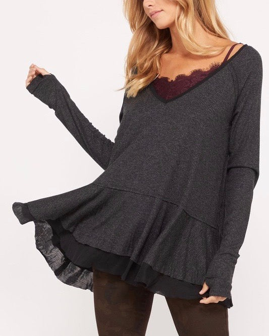 V-Neck Raglan Linen Ruffled Double Hem Top with Thumb Holes in Metallic Black