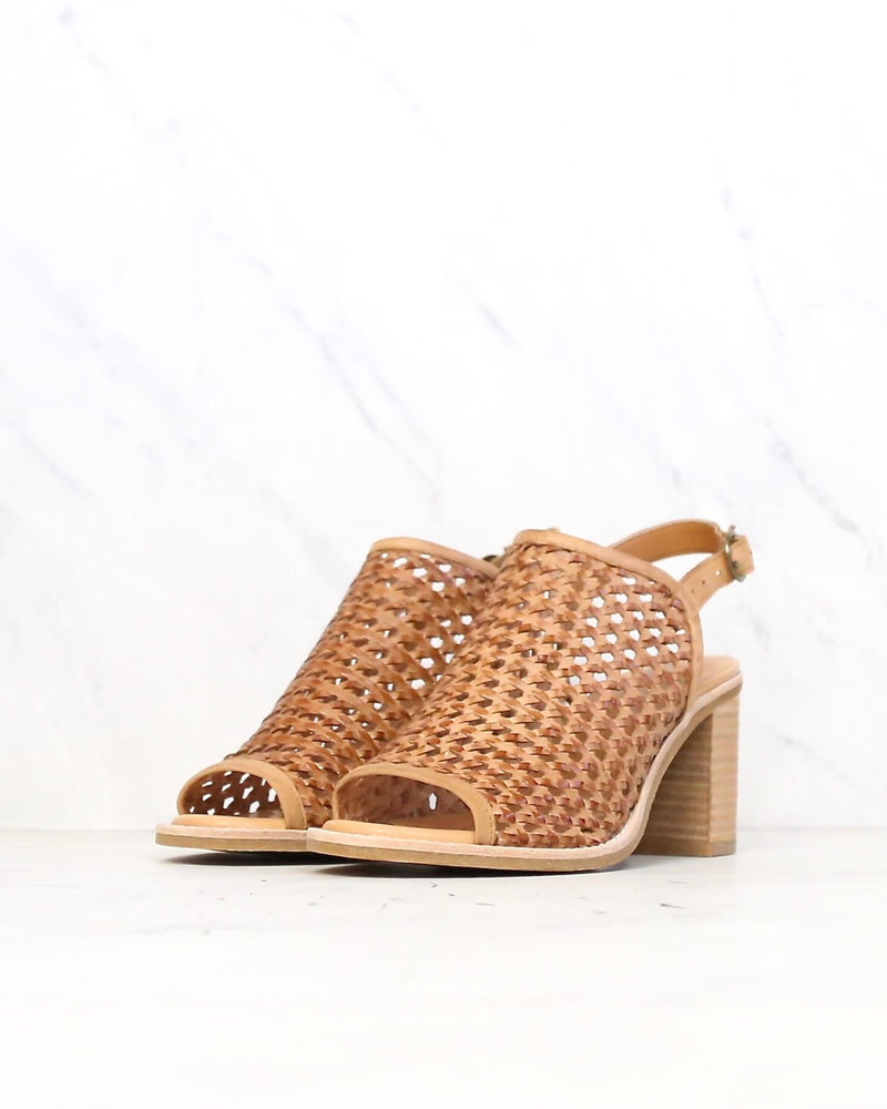Sbicca - Vanda Women's Woven City Heel with Ankle Strap in Tan