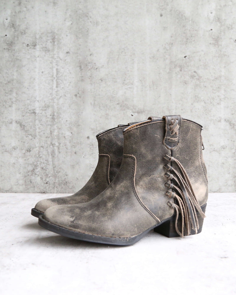 very volatile - lookout fringe western inspired distressed leather bootie (women) in charcoal
