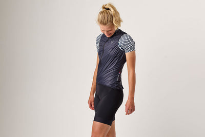 Velocio Ultralight Vest Womens - Le Knicks #fortherider