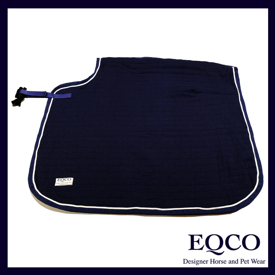 "36"" x 32"" Navy Doesitall Quarter Sheet With White Piping"