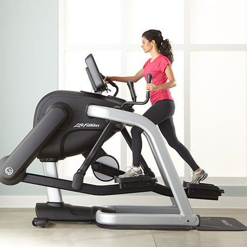 Life Fitness Platinum Club Series Flexstrider variabele paslengte met Discover SE3HD Console - NIEUW!