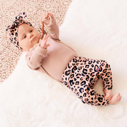 Cheeky Little Fox Blush Leopard Leggings
