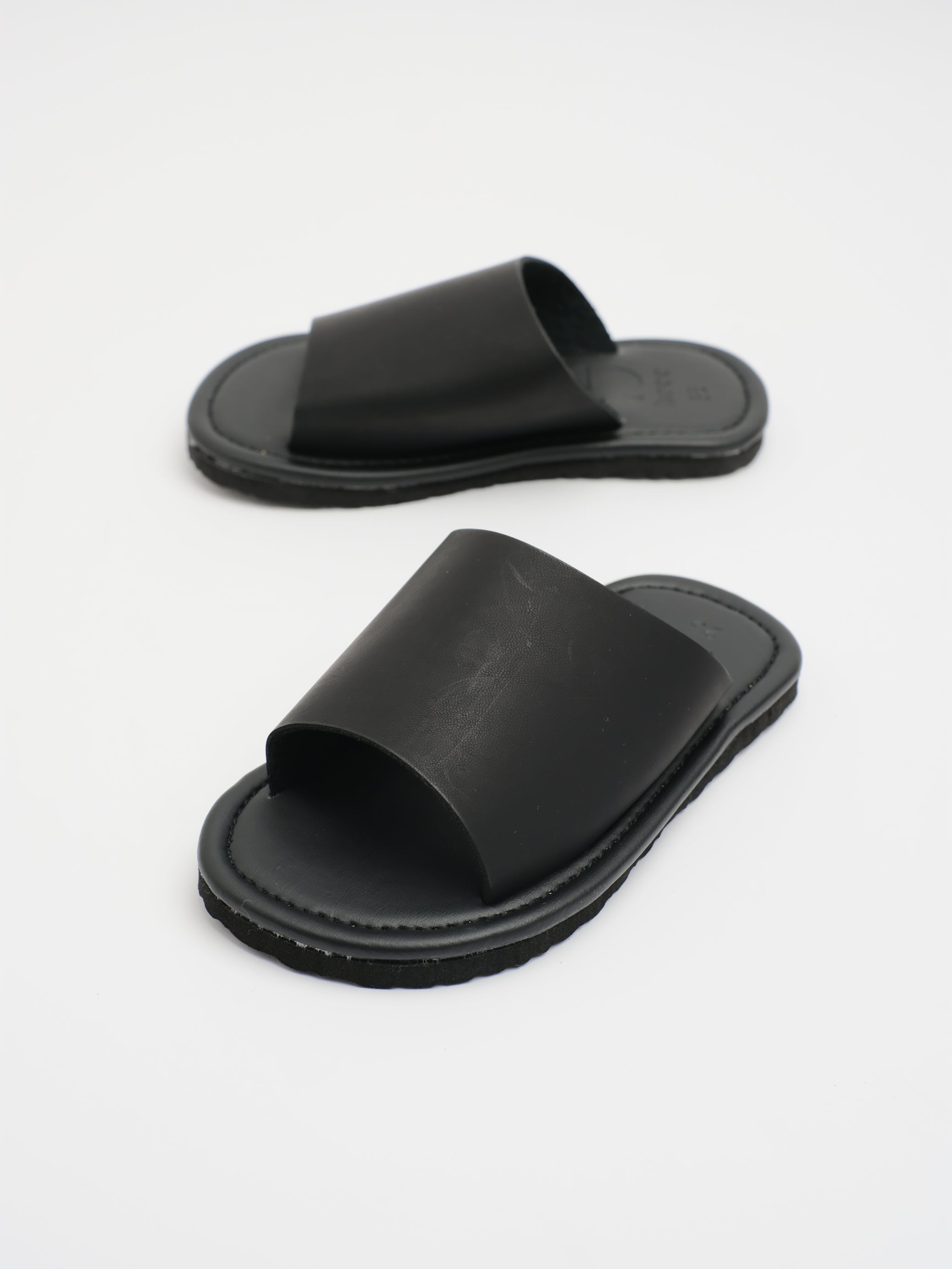 KIDS: JUD SLIDER (BLACK)