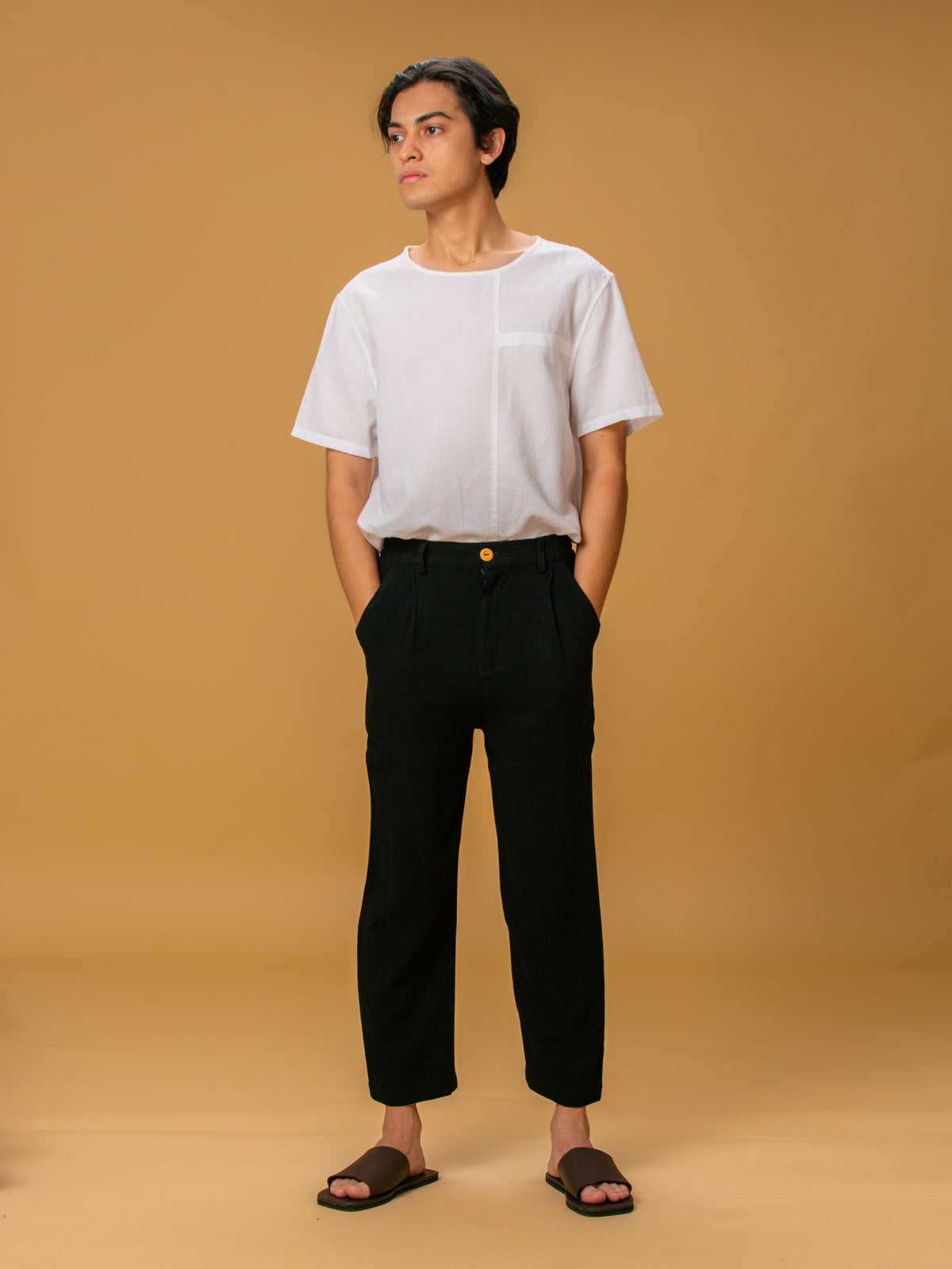 Unisex: Desir Tapered Pants (Black)