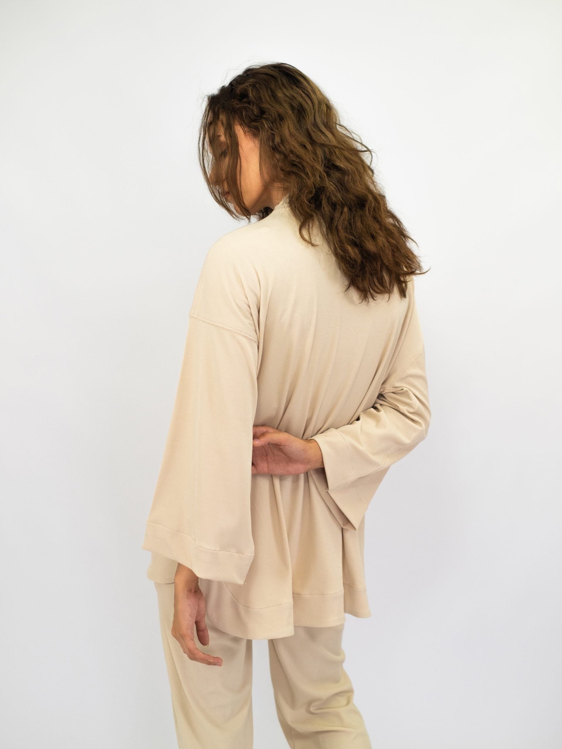 Women: Nyaman Loose Top (Sand)