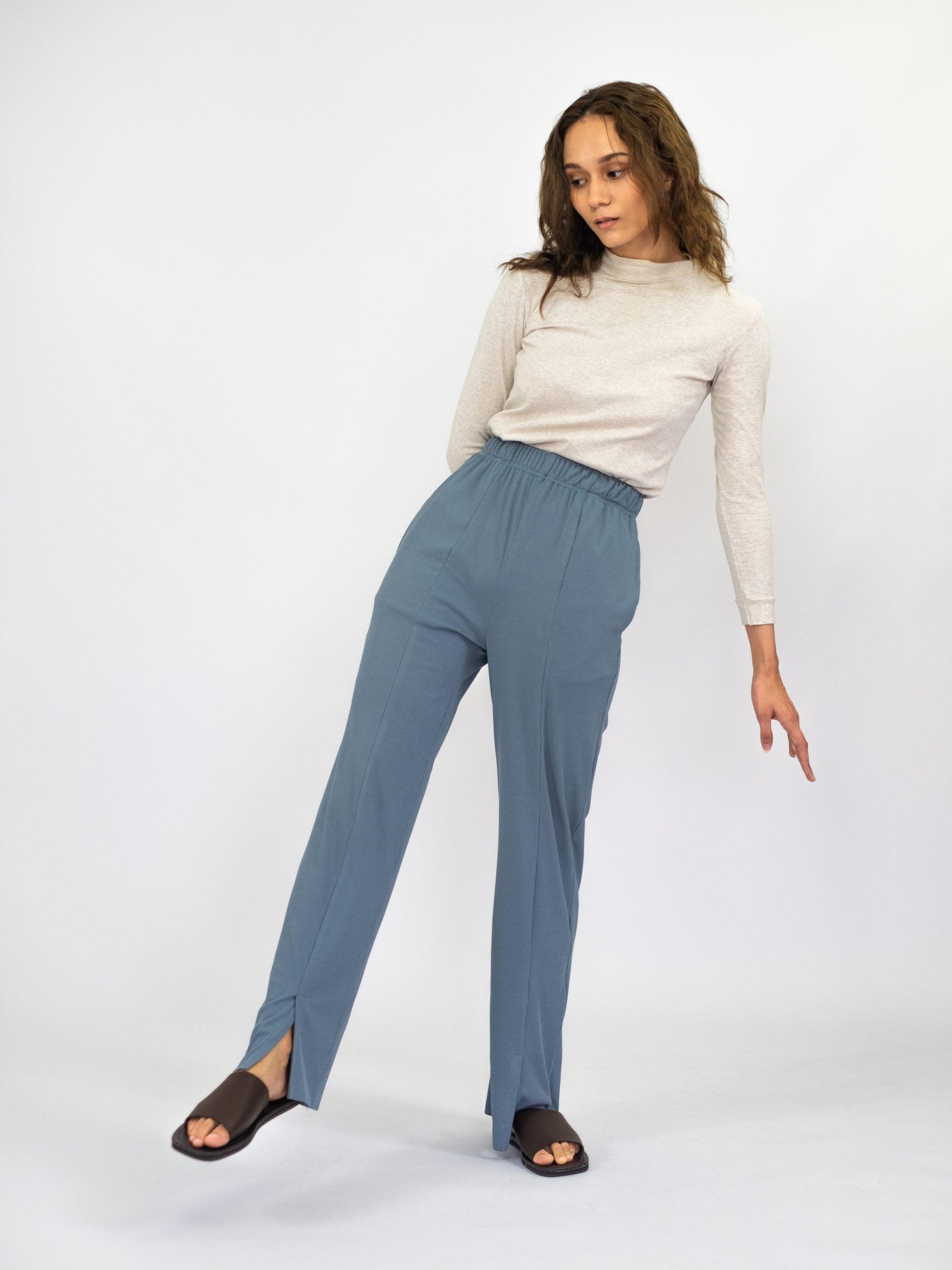 Women: Nyaman Ribbed Pants (Dusty Blue)