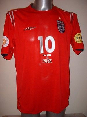 70587ef41 England OWEN Euro 2004 Shirt Jersey Football Soccer Umbro Adult Large  Liverpool
