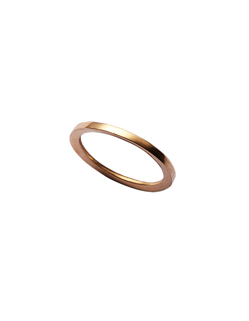 Gold Y ring by May Hofman Jewellery