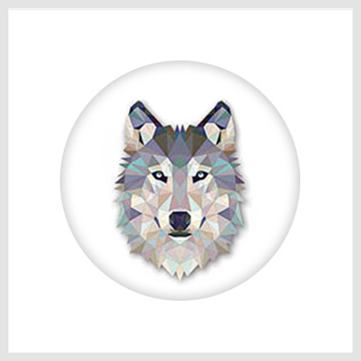Painted Enamel Gray She-Wolf 20mm