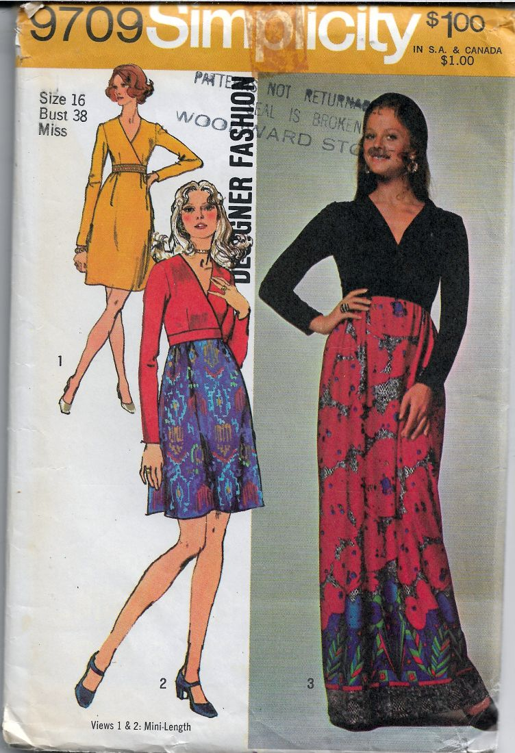 Simplicity 9709 Ladies Dress Gown Vintage Sewing Pattern 1970s Designer Fashion - VintageStitching - Vintage Sewing Patterns