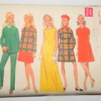 Butterick 5002 Vintage 1970's Sewing Pattern Ladies Dress Jackets Hot Pants Separates - VintageStitching - Vintage Sewing Patterns