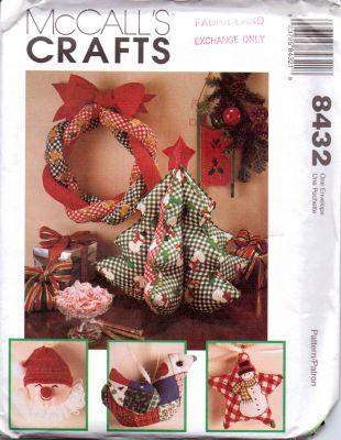 McCall's 8432 Christmas Crafts Decorations Vintage 1990's Sewing Pattern - VintageStitching - Vintage Sewing Patterns