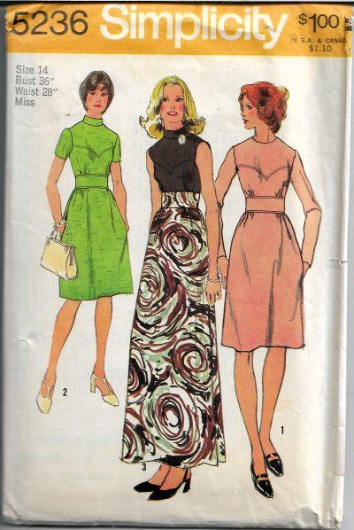 Simplicity 5236 Vintage Sewing Pattern 1970s Ladies Dress Long Gown - VintageStitching - Vintage Sewing Patterns