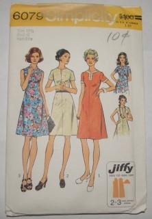 Simplicity 6079 Vintage Sewing Pattern Jiffy A-Line Dress - VintageStitching - Vintage Sewing Patterns