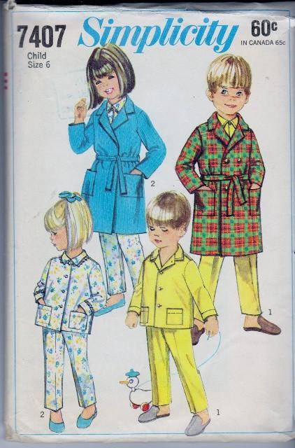 Simplicity 7404 Child Robe Pajamas Vintage 1960's Sewing Pattern - VintageStitching - Vintage Sewing Patterns