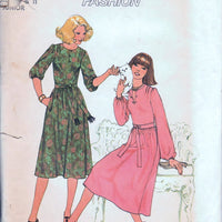 Simplicity 7926 Ladies Junior One-Piece Dress Vintage 1970's Sewing Pattern Contemporary Fashion - VintageStitching - Vintage Sewing Patterns