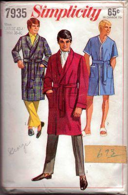 Simplicity 7935 Mens Robe Vintage 1960's Sewing Pattern - VintageStitching - Vintage Sewing Patterns